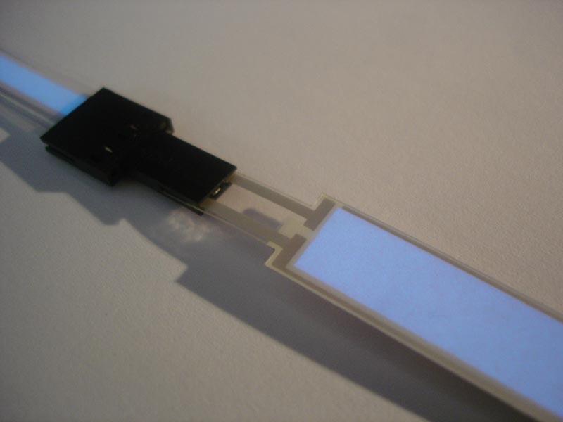 stufenbeleuchtung treppenstufenbeleuchtung mit beleuchteten treppenstufenprofilen. Black Bedroom Furniture Sets. Home Design Ideas