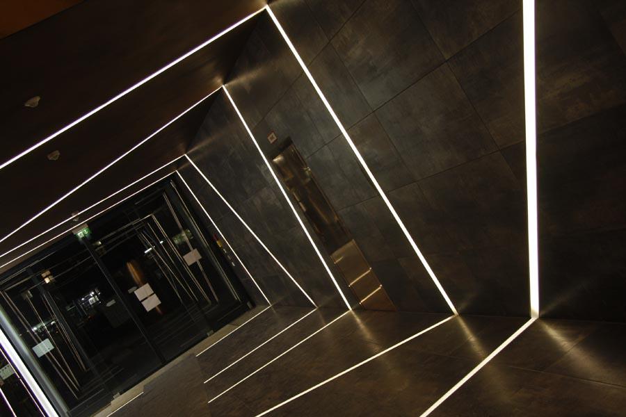 leuchtfolie leds led technik rgb led stufenbeleuchtung. Black Bedroom Furniture Sets. Home Design Ideas